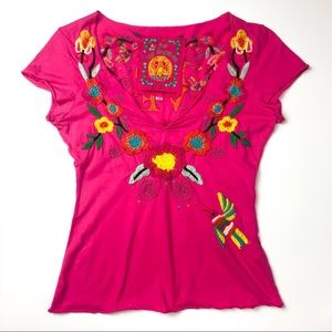 Johnny Was Embroidered Love V Neck Tee Pink K917
